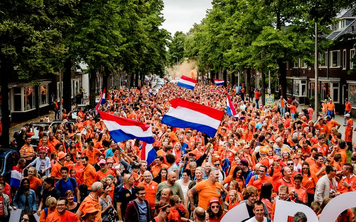 Flags and 'feestdagen' – how the Dutch celebratelife